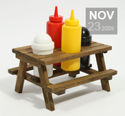 The Picnic Table Condiment holder gift
