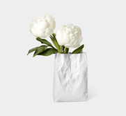 The Crinkle bag vase gift by Makoto Komatsu