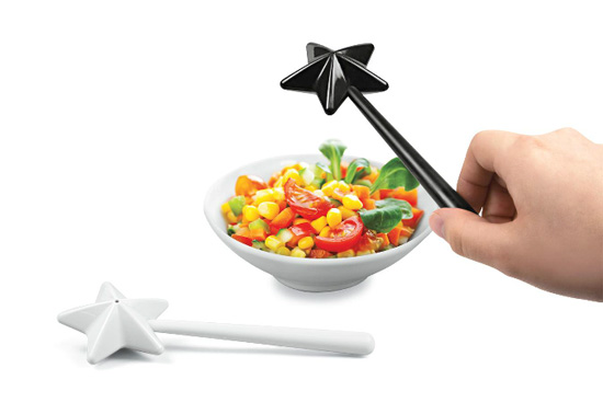 The magic wand salt and pepper shaker gifts