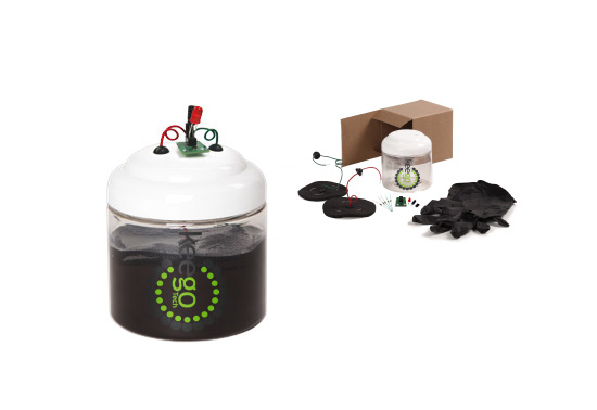 KeegoTechs MuddWatt kit is an awesome gift for kids