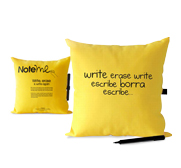 Margui Mora's note me pillow gift