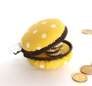 The Polka dots coin case French macaron purse keychain gift